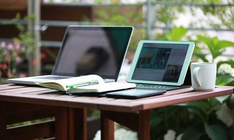 Voucher 200 ευρώ για laptop, tablet: Δημοσιεύτηκε η ΚΥΑ - Ανοίγει η πλατφόρμα για τις αιτήσεις