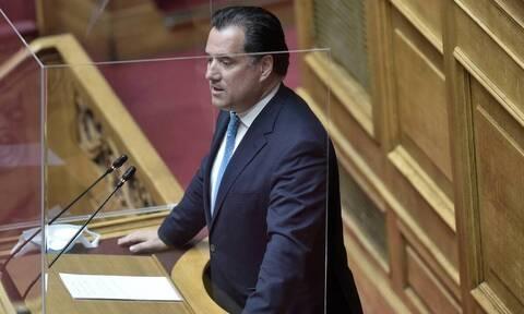 Τροχαίο δυστύχημα έξω από τη Βουλή: Κόντρα στην Ολομέλεια μεταξύ Γεωργιάδη - Βούτση
