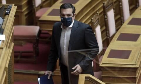 Τακτική «μαστίγιο και καρότο» εφαρμόζει ο ΣΥΡΙΖΑ - Το «γάντι» στον Μητσοτάκη πετάει ο Τσίπρας