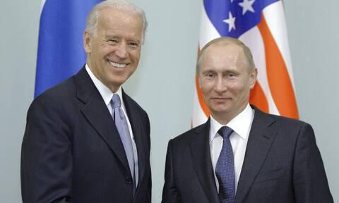 Στα «χαρακώματα» Ρωσία-ΗΠΑ: Η Μόσχα ανακάλεσε τον πρέσβη της -«Είστε υπόλογοι», απαντά η Ουάσινγκτον