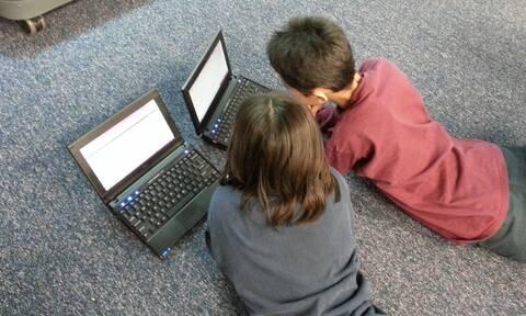 Voucher 200 ευρώ για laptop και tablet: Πότε ανοίγει η πλατφόρμα -  Ποιοι είναι οι δικαιούχοι