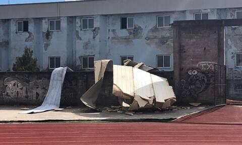 Γρεβενά: Ανεμοστρόβιλος προκάλεσε ζημιές - Ξήλωσε τη στέγη από το κολυμβητήριο