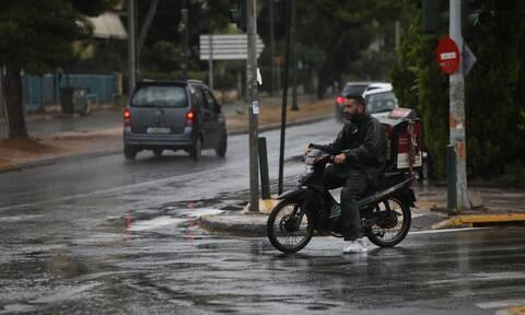 Καιρός: Έρχονται βροχές και καταιγίδες μετά το μεσημέρι – Πού θα «χτυπήσουν»