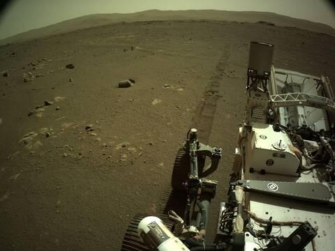 «Αν έκανε έτσι το αμάξι μου θα καλούσα οδική βοήθεια»: Πώς ακούγεται το όχημα Perseverance στον Άρη
