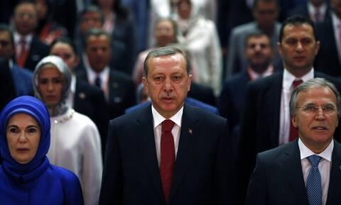 Αυστηρή προειδοποίηση ΕΕ - ΗΠΑ προς Ερντογάν για την απαγόρευση του κουρδικού κόμματος
