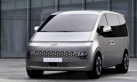 Aυτό είναι και επίσημα το εντυπωσιακό Staria της Hyundai