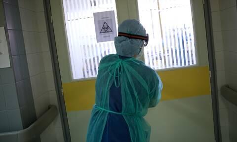 Επίταξη γιατρών: Μόνο 50 ανταποκρίθηκαν στο κάλεσμα Κικίλια – Γιατί διστάζουν οι ιδιώτες γιατροί