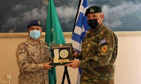 Στρατηγός Κωνσταντίνος Φλώρος: Υψηλής σημασίας η συνεργασία με τη Σαουδική Αραβία