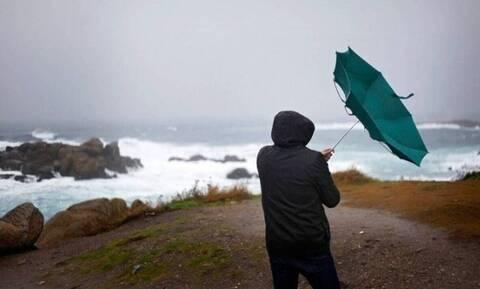 Αρνιακός στο Newsbomb.gr: Ισχυρές βροχές, καταιγίδες και χιόνια - Τι θα συμβεί τις επόμενες ώρες