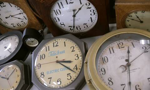 Αλλαγή ώρας 2021: Ποια Κυριακή γυρίζουμε τα ρολόγια - Πότε αλλάζουμε για τελευταία φορά