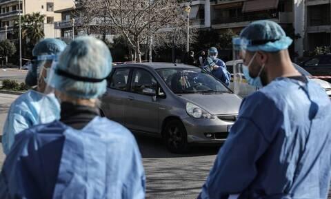 Βασιλακόπουλος: «Έρχεται κάμψη κρουσμάτων - Να ανοίξει η εστίαση σε εξωτερικούς χώρους»