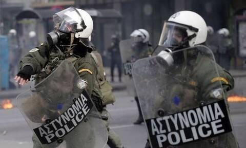 «Πόλεμος» Χρυσοχοΐδη - ΣΥΡΙΖΑ για περιστατικό αστυνομικής βίας στο Γαλάτσι