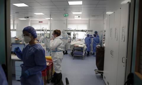 Η μέρα της κρίσης για την επίταξη των γιατρών - Έκτακτη σύσκεψη του ΙΣΑ που καλεί σε «συστράτευση»