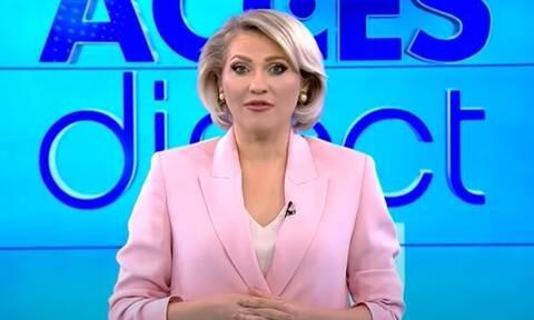 Ρουμανία: «Εισβολή» γυμνής γυναίκας σε τηλεοπτική εκπομπή – Πέταξε πέτρα στην παρουσιάστρια