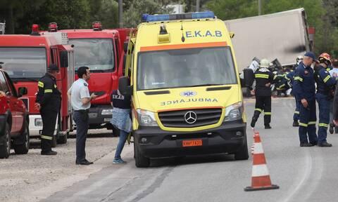 Τραγωδία στην Κάρυστο: Νεκρός 63χρονος οδηγός - Τον καταπλάκωσε το κουβούκλιο του βυτιοφόρου