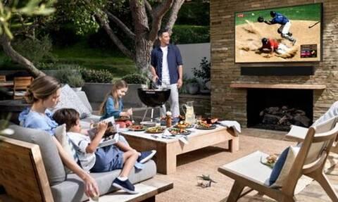 Κάνε το εξοχικό σου… σινεμά με την κατάλληλη τηλεόραση