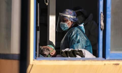 Ρεπορτάζ Newsbomb.gr: 206 ιδιώτες γιατροί στη «μάχη» με τον ιό - «Λεκές στο ιατρικό σώμα η επίταξη»