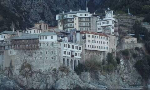 Κορονοϊός: Σε εξέλιξη οι εμβολιασμοί στο Άγιον Όρος