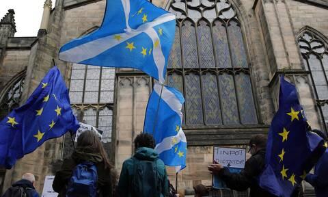Βρετανία: Η Σκωτία επαναφέρει το θέμα της ανεξαρτησίας της - Δημοψήφισμα μετά την πανδημία