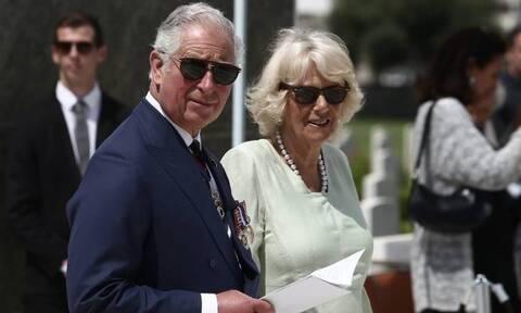 Δήμος Αθηναίων: Θα τιμήσει τον πρίγκιπα Κάρολο και τον Ρώσο πρωθυπουργό