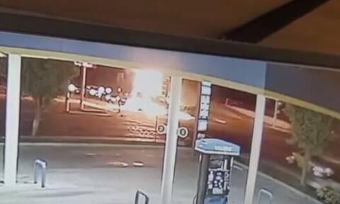 Τρομακτικό δυστύχημα με τρεις νεκρούς στην Καλιφόρνια μετά από καταδίωξη οχήματος (vid)
