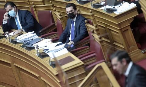 Σκληρή κόντρα Τσίπρα - Γεωργιάδη: Πλαστές οι φωτογραφίες που παρουσιάστηκαν στη Βουλή λέει ο ΣΥΡΙΖΑ