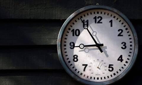 Αλλαγή ώρας 2021: Πότε πάμε τους δείκτες του ρολογιού μία ώρα μπροστά