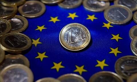Στο 97,3% του ΑΕΠ το δημόσιο χρέος της ευρωζώνης – Πως θα καταστεί και μακροπρόθεσμα βιώσιμο