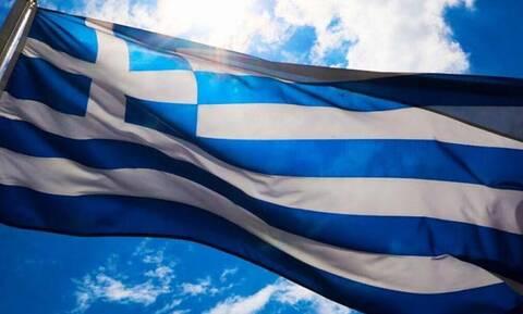 Ελλάδα: Πότε έγινε η γαλανόλευκη το εθνικό μας σύμβολο;