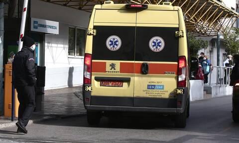 Κορονοϊός: Φύλλο πορείας σε γιατρό που εργαζόταν ήδη εθελοντικά