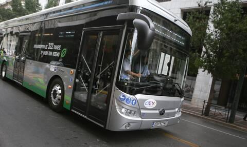 Καραμανλής: 300 νέα λεωφορεία στην Αθήνα το πρώτο 10ημερο του Απριλίου