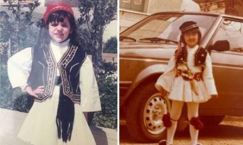 Διάσημοι Έλληνες ντυμένοι τσολιάδες στην παιδική τους ηλικία (pics)