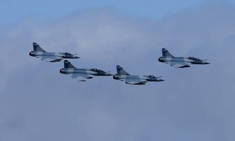 25η Μαρτίου: Πού και πότε θα πετάξουν σήμερα αεροσκάφη της Πολεμικής Αεροπορίας