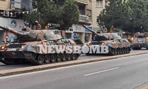 25η Μαρτίου – Ρεπορτάζ Newsbomb.gr: Τεθωρακισμένα στο κέντρο της Αθήνας για την στρατιωτική παρέλαση