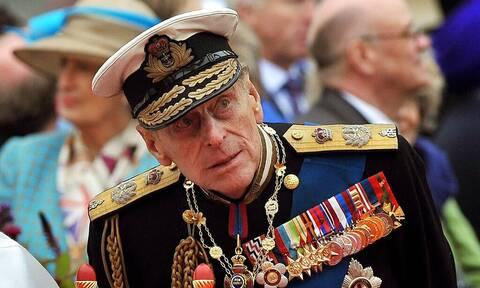 25η Μαρτίου: Η ιστορική φωτογραφία με τον πρίγκιπα Φίλιππο, ντυμένο τσολιά