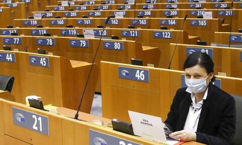 Ευρωπαϊκό Κοινοβούλιο: Με επείγουσες διαδικασίες η υιοθέτηση του πιστοποιητικού εμβολισμού