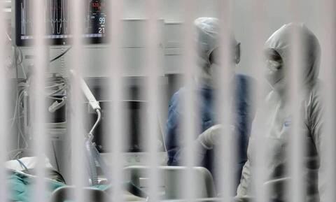 Κορονοϊός: «Θηλιά» στον λαιμό του ΕΣΥ τα επιδημιολογικά δεδομένα - «Φράκαραν» οι ΜΕΘ