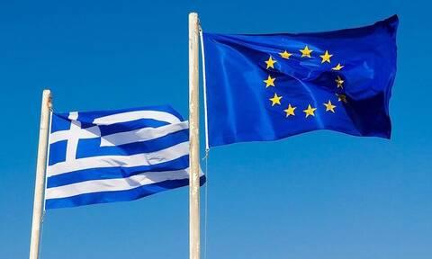 Η Ελλάδα γιορτάζει και απαιτεί σεβασμό και αλληλεγγύη από την ΕΕ.