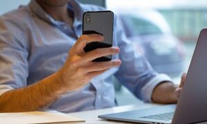 Πέντε «έξυπνες» εφαρμογές που χρειαζόμαστε στο κινητό μας τηλέφωνο