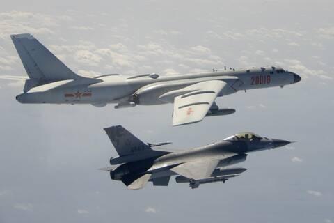 Κλιμάκωση μεταξύ Κίνας-Ταϊβάν: Πρωτοφανής «εισβολή» κινεζικών πολεμικών αεροσκαφών