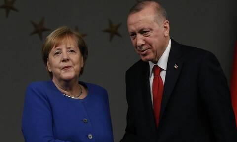 Μέρκελ όπως… Ερντογάν: Η διπλή προσβολή της καγκελαρίου ανήμερα της 25ης Μαρτίου