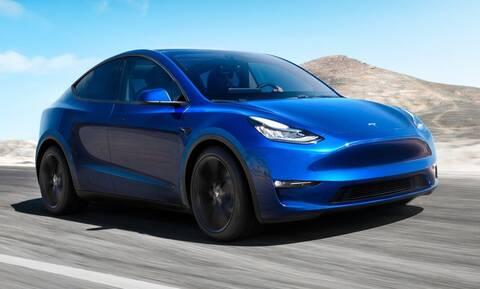 Ένα Tesla, πόσα Bitcoins;