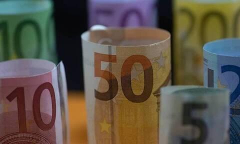 Σημαντικές παρατάσεις και προθεσμίες: Τι θα γίνει με Δώρο Πάσχα - Voucher 200 ευρώ