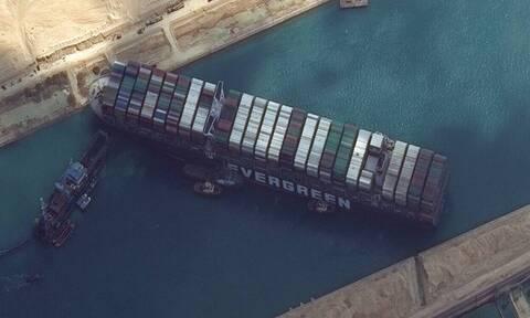 Διώρυγα του Σουέζ - Ever Given: Η παγκόσμια ναυσιπλοΐα «εγκλωβίστηκε» με μια ριπή του ανέμου
