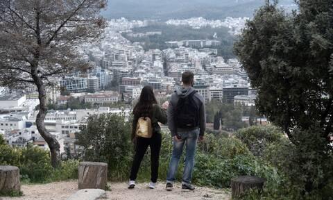 Κορονοϊός: Δύσκολος ο Απρίλιος για την Αττική - Πότε θα πετάξουμε τις μάσκες