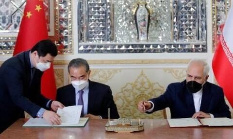 Ιράν-Κίνα: Οι δύο χώρες υπέγραψαν 25ετή συμφωνία συνεργασίας