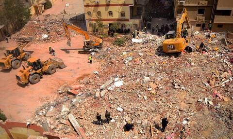 Κάιρο: Στους 16 οι νεκροί από την κατάρρευση δεκαώροφου κτηρίου - Έρευνες για άλλους εγκλωβισμένους