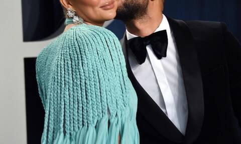 Διάσημο ζευγάρι αποκαλύπτει: «Μας αρέσει και κάνουμε συχνά sex σε δημόσιους χώρους»