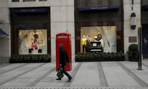 Sunday Times: Διακοπές στο εξωτερικό από Αύγουστο για τους Βρετανούς;