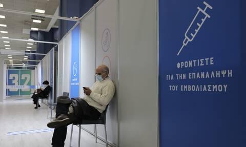 «Βόμβα» Καπραβέλου στο Newsbomb.gr: Φοβόμαστε εμφάνιση στελέχους που δεν θα πιάνει το εμβόλιο